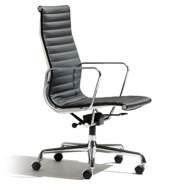 Кресло Eames Aluminum Group Executive Chair  designed by Charles and Ray Eames  in 1958 - фото 1