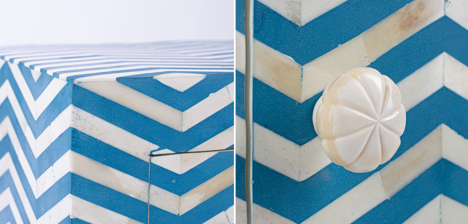 Тумба Chevron Bone Inlay Bedside Cabinet in Chevron Pattern 1 DRAWER  - фото 3