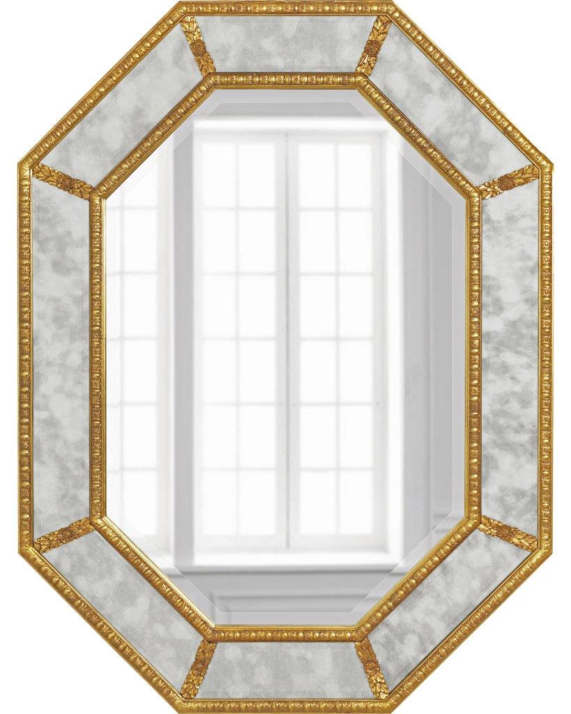 Зеркало в восьмиугольной раме