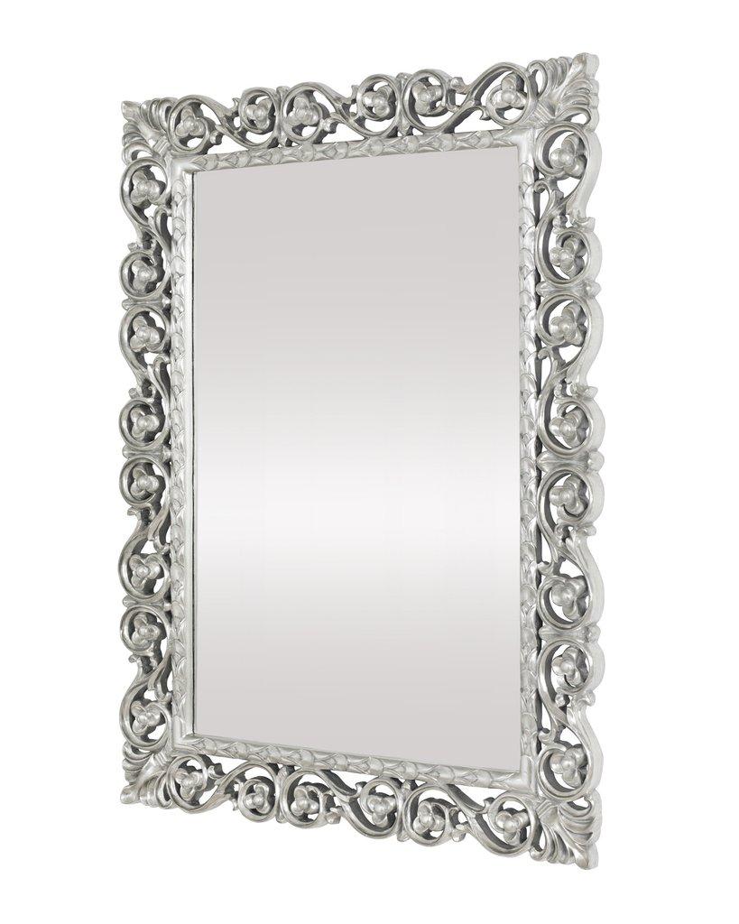 Настенное зеркало в раме