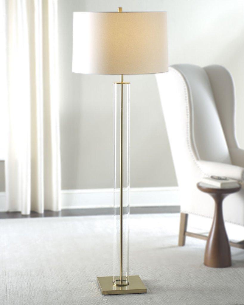 Золотая напольная лампа