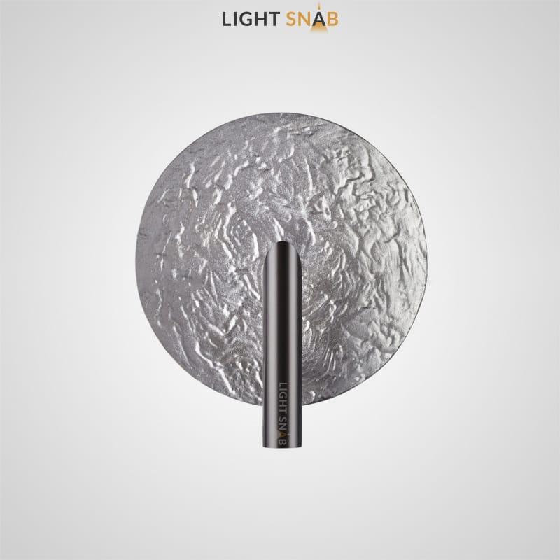 Дизайнерский настенный светильник Maei Wall в форме диска с рельефной поверхностью из металла