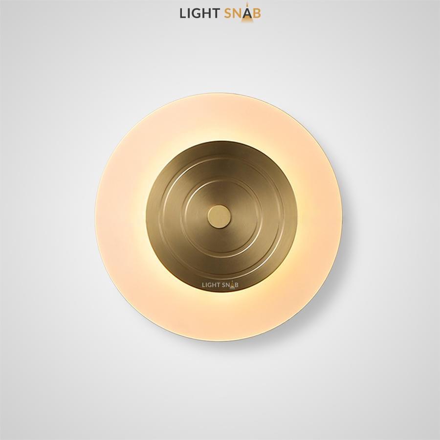 Светодиодный настенный светильник Tracy Wall в виде диска с металлическим центром