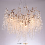 Люстра Fairytree с природными мотивами на ветвистом каркасе и наборными подвесками из стеклянных элементов круглой формы