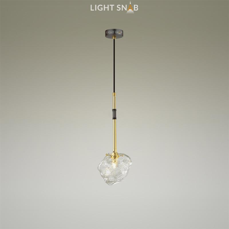 Подвесной светильник Iche One на составном кронштейне с плафоном из фактурного стекла