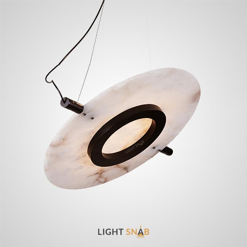 Дизайнерская люстра Madrid с кольцевым плафоном на плоском мраморном рассеивателе в форме диска
