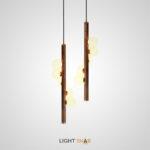 Подвесной светильник West с шарообразными матовыми плафонами на деревянной стойке